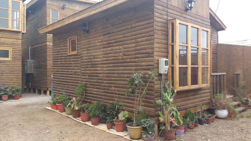 Cabaña nueva en centro de Caldera