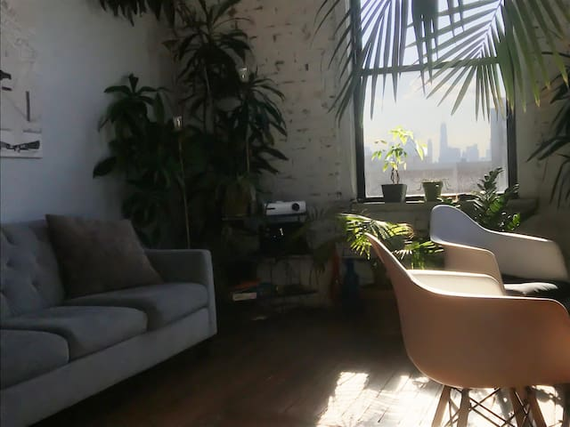 Artist's loft / Room / Greenpoint