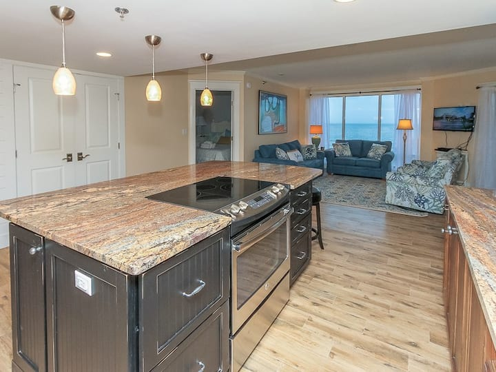 1406 Villamare ~ Just Steps from the Beach!