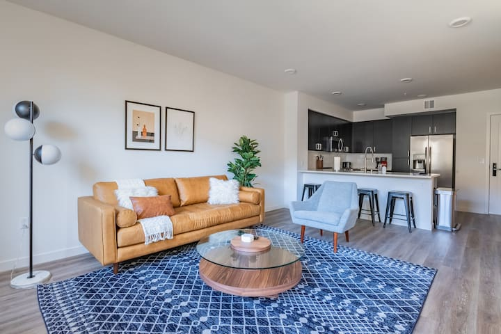 Delightful 1BR in Mountain View, Gym + Pool