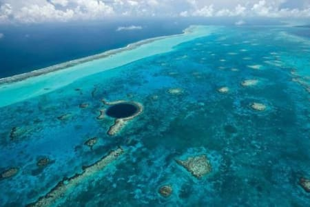 Private Belize Island Studio (Sky Level 17): Easy Boat Ride to Blue Hole: We organize it all for you - Belize