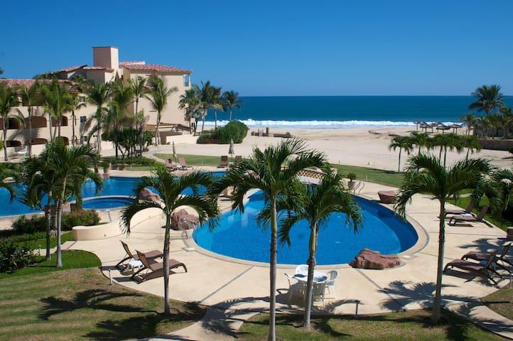Luxury Beachfront Condo with Spectacular Views - San José del Cabo - Condomínio