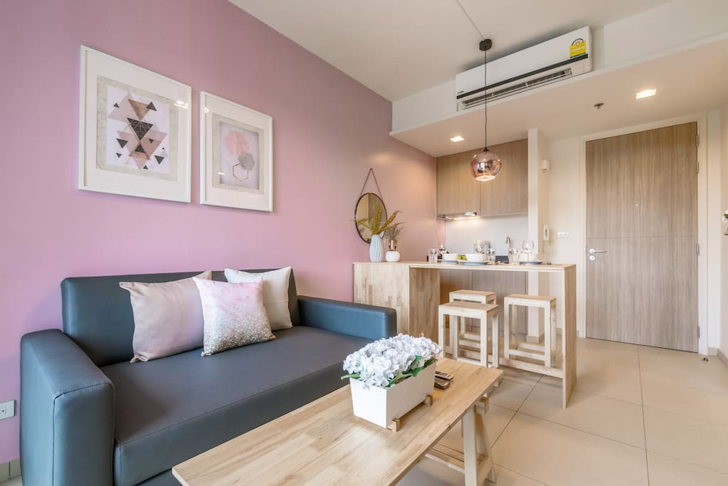 Luxury Pink Gold Living Room with sofa-bed and TV