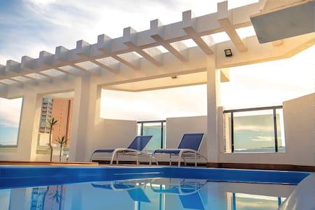 Cobertura piscina churrasqueira  Wi-Fi 10 pessoas