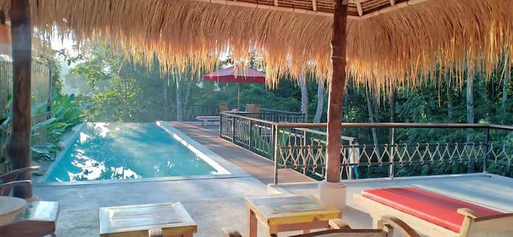 Amara Giri atractive vila room n swimmingpool
