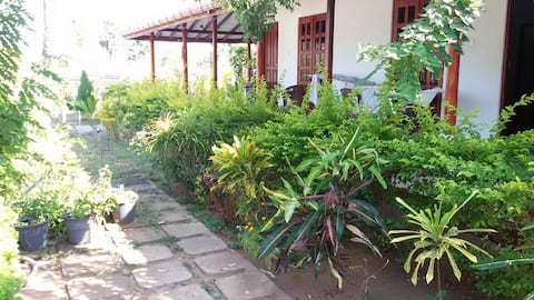 Mullaitivu - A/C,Non A/C Rooms with WiFi,Near sea.