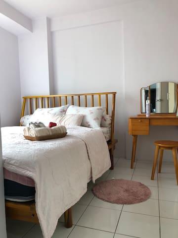 Main bedroom with amenity