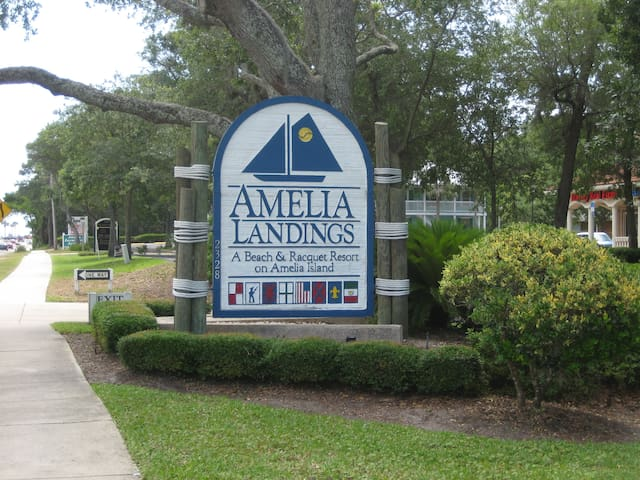 Relax and enjoy! First Floor Unit on Amelia Island