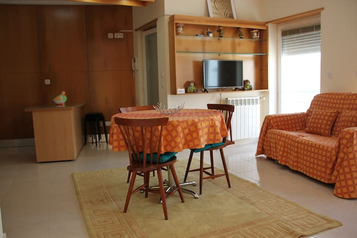 Santa Cruz Beach House Portugal - Silveira - Lägenhet