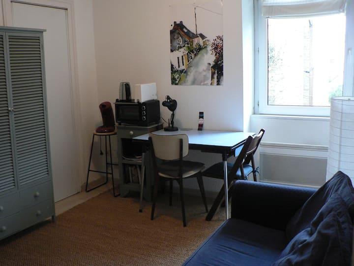 Appartement T1 Bis lumineux, quartier familial