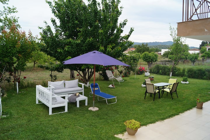 Villa marina apartment with huge garden kids toys!
