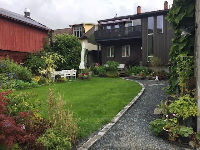 Gamlebyen - nær Høgskolen - Kongsberg - Appartement