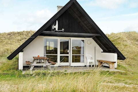 Serene Holiday Home in Ringkøbing Near the Sea