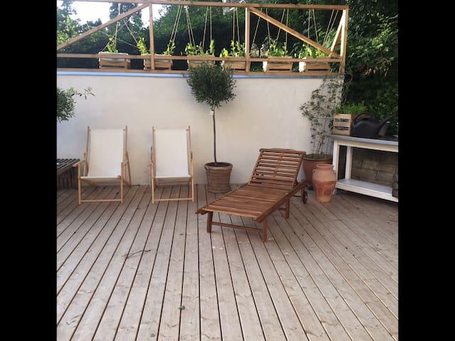 Charmerende nyistandsat hus - Brabrand - Dom