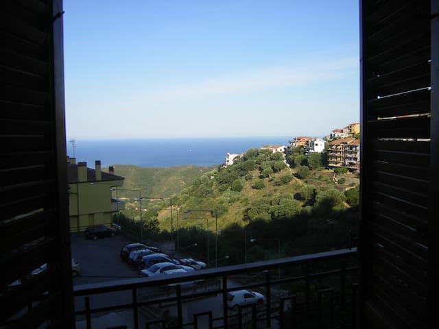 Comodissimo appartamento vista mare - Centola - Pis
