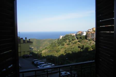 Comodissimo appartamento vista mare - Centola