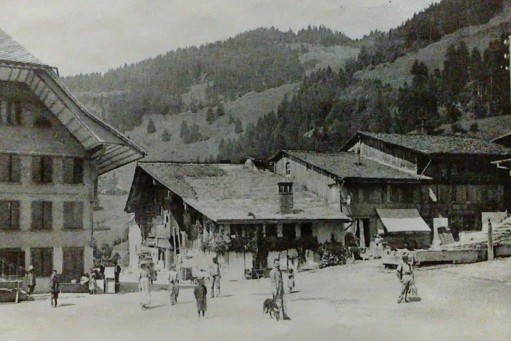 Très ancienne photo du Tambour et ses environs