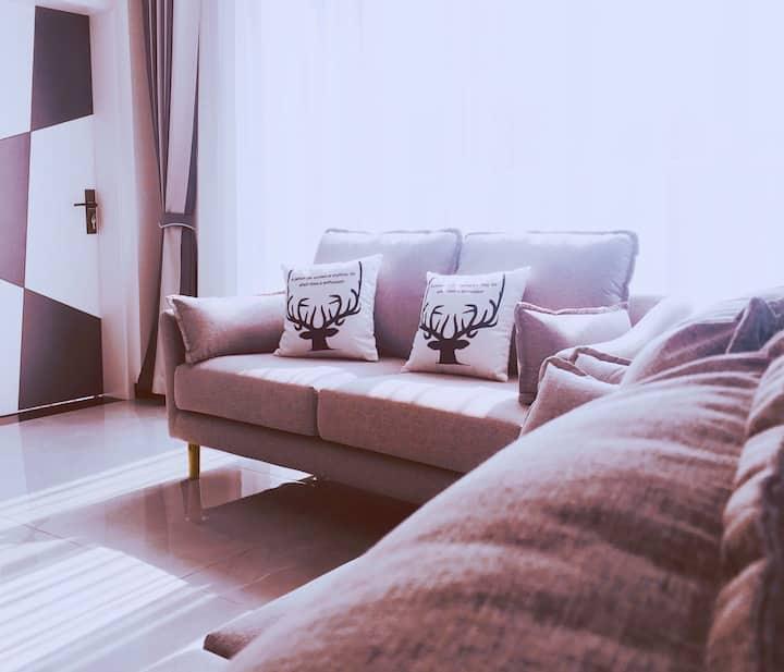 整套三居室 庐山索道/东林寺边,干净 舒适 电器厨具齐全、超高性价比。距庐山站、高速口10分钟内车程