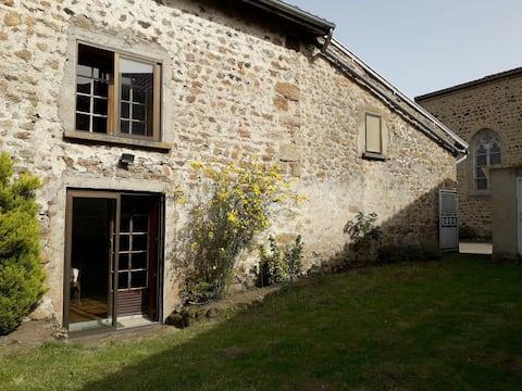Landhaus im Herzen der Monts du Forz