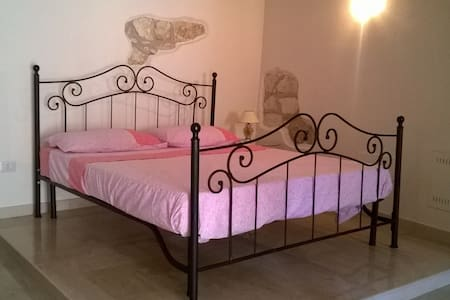 Romantic room - Vico del Gargano