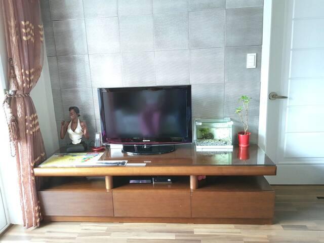 Kim's entire 2 bedrooms apartment (방 2개 아파트 전체)