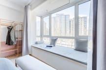 【城宿】一树花开 | 一间卧看风景的房子*高清投影  紧邻北京站 天崇文门 天安门 王府井 协和医院