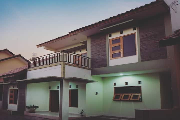 Second Home 4 Near Bandara