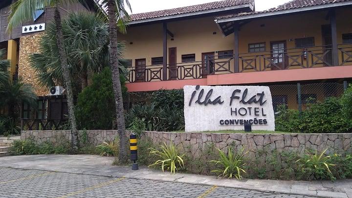 Apartamento no ILHAFLAT - frente praia do Perequê.