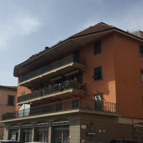 Appartamento luminoso con terrazzo - Orbetello