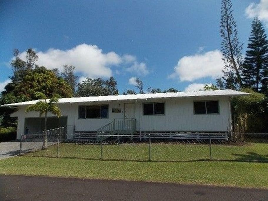 Your home while in Pahoa Hawaii.