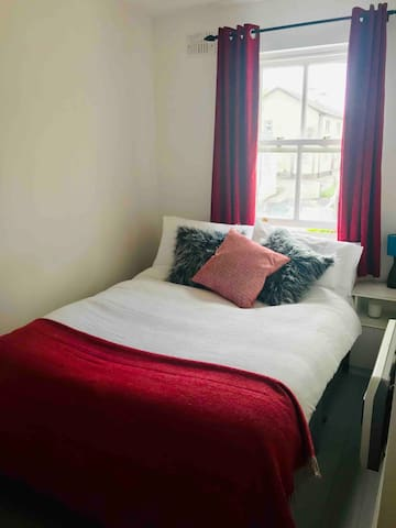 Double room within walking distance of everything!
