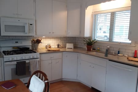 Harbor House in Stonington for Extended Stays Only