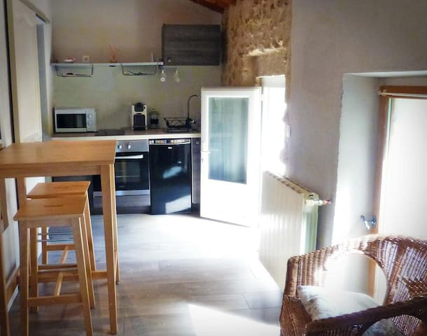 Studio le Pigeonnier - Puyvert - Appartement