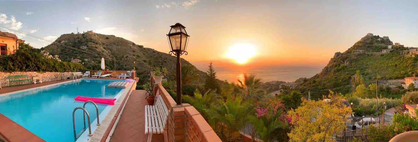 Villa zen taormina