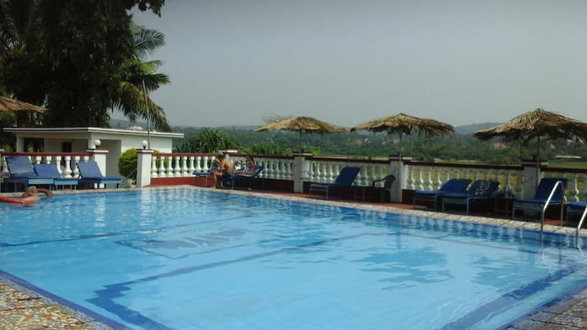 LOVELY 1 BHK APARTMENT OPP. TITOS LANE, BAGA BEACH - North Goa - Appartement