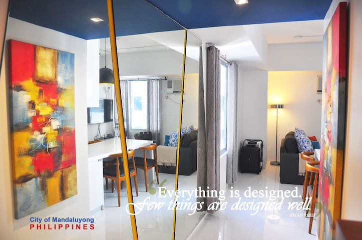 New One Bedroom Suite at Avida Centera w/ NETFLIX