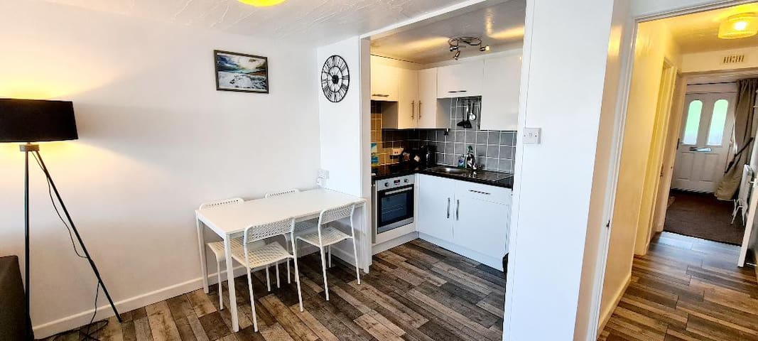 """""""Stunning 1 bed apartment Fistral Beach, Newquay"""