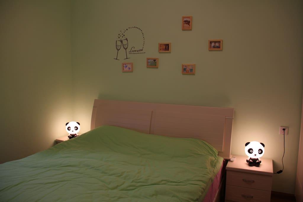 有熊猫小夜灯陪您,这个夜晚不寂寞