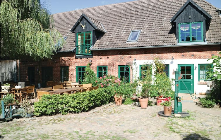 Holiday apartment with 2 bedrooms on 68m² in Thulendorf/Sagerheide
