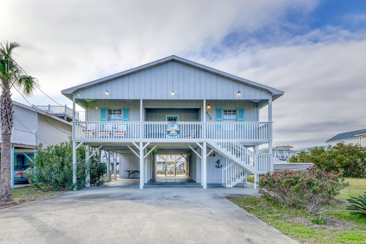 Luxurious coastal home with porch swings, close to beach and tons of space!