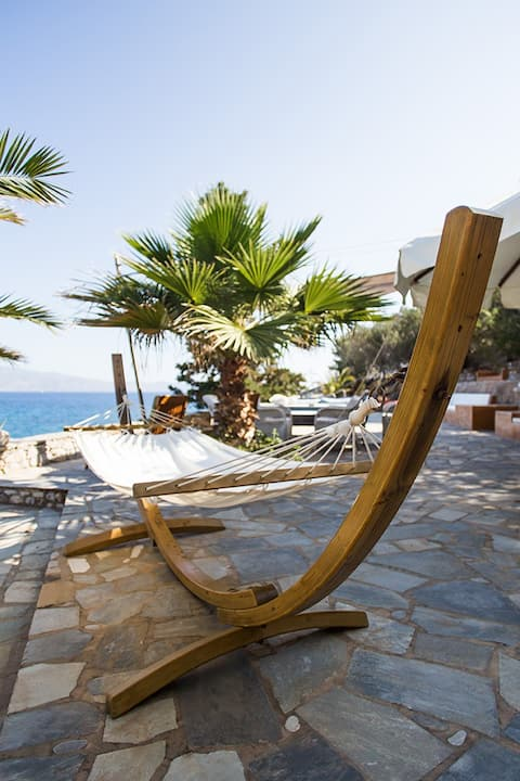 The Lady of Hydra (private beach, 5star, sea view)