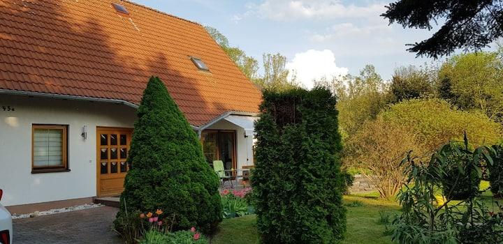 Wohlfühlhaus mit eigenem  Pool, Grill, Tischtennis