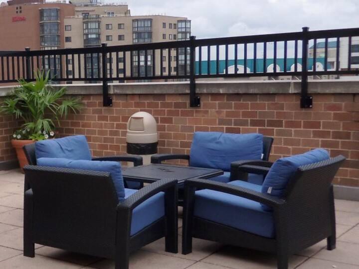 Perfect 2BR Apartment - Next to Ballston Metro!