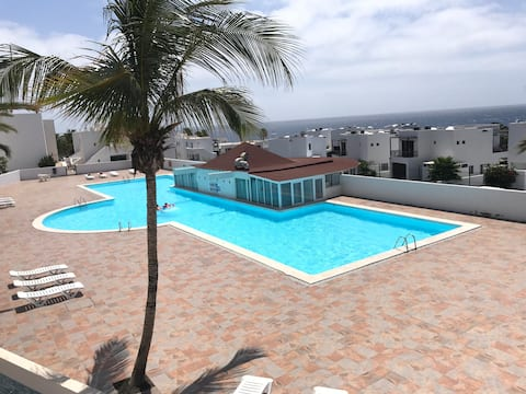 SUNNY APARTMENT IN COSTA TEGUISE