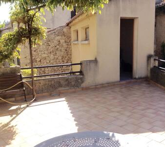 Grande maison de village - Morières-lès-Avignon