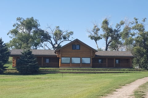 Prairie Lodge