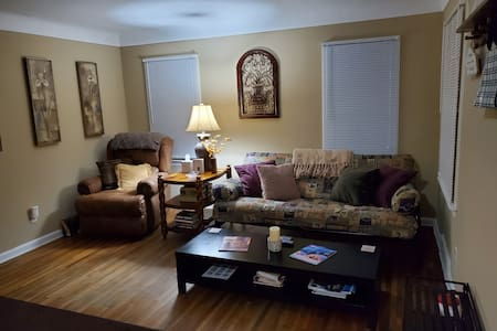 Popular Large Room in Conveniently Located House