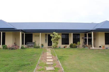 Spinnaker Lodge - Innes Park - Guesthouse