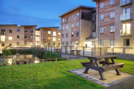 Oxford Postgraduate centre - Oxford