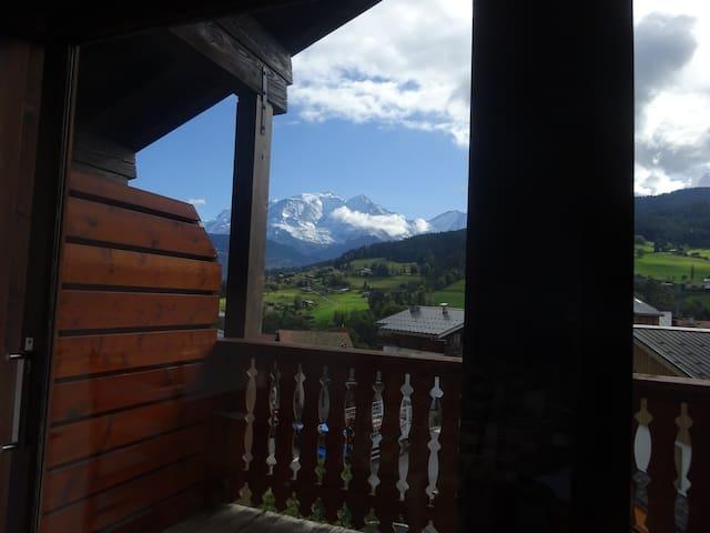 Appartement chaleureux 4 personnes vue Mont Blanc